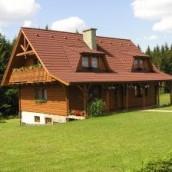 Zalety i wady drewnianego domu