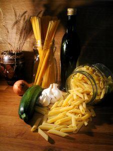 warzywa na blacie kuchennym