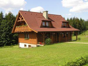 Dom drewniany – wady i zalety