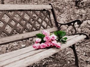 meble żeliwne w ogrodzie